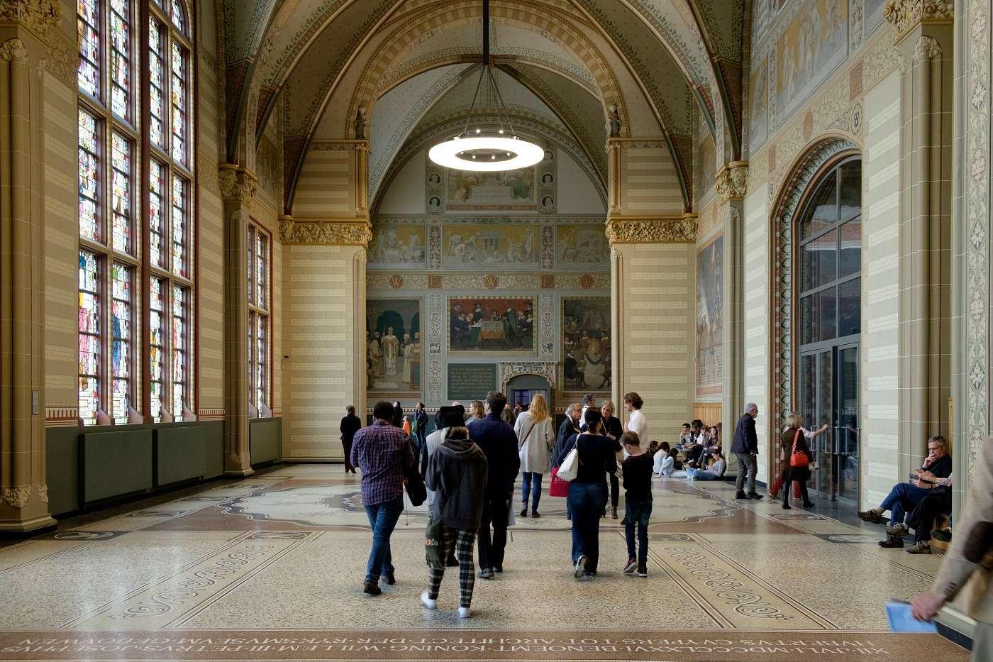 Dentro il museo, ad Amsterdam