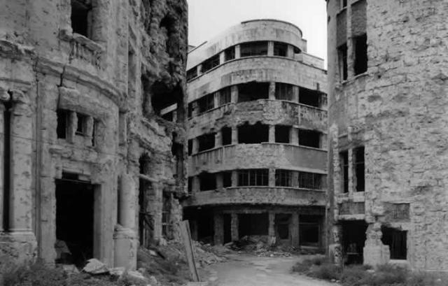 Immagine Allegata: gabriele-basilico-beirut-libano-1991.jpg