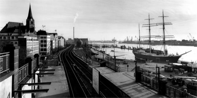 Immagine Allegata: amburgo-1988-198216_0x440 (1).jpg