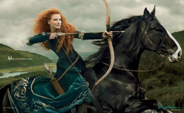 Immagine Allegata: Jessica-Chastain-merida-Disney-Dream-Portrait-AnnieLeibovitz.jpg