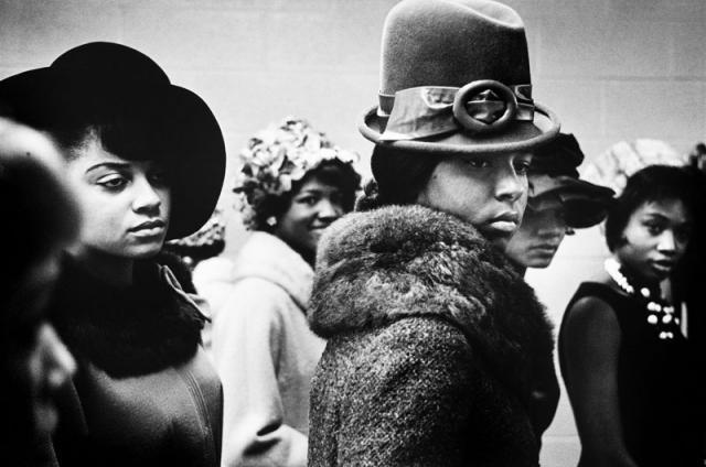 Immagine Allegata: Harlem-NY_-1963_-Harlem-Fashion-Show_.jpg