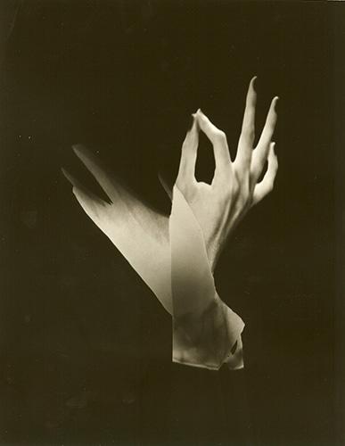 Immagine Allegata: Hands.jpg