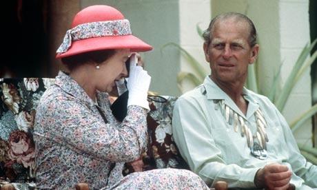 Immagine Allegata: Queen-Elizabeth-II-in-Tuv-002.jpg