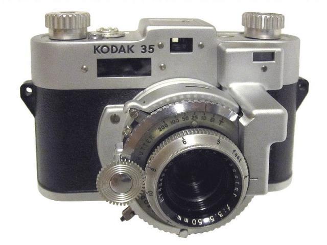 Immagine Allegata: 800px-Kodak_35RF.jpg
