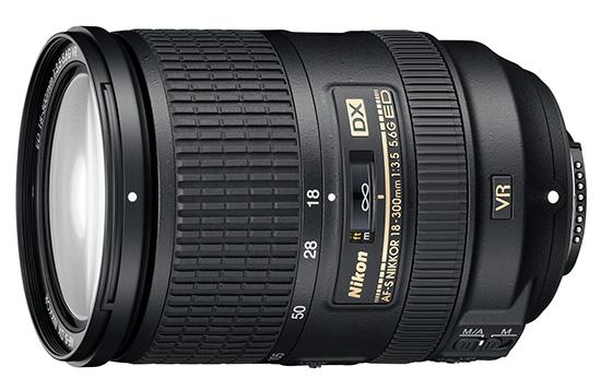 Immagine Allegata: Nikon-AF-S-DX-NIKKOR-18-300mm-f3.5-5.6G-ED-VR.jpg