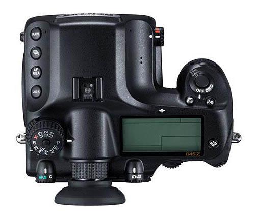 Immagine Allegata: Pentax-645z-medium-format-camera-top.jpg