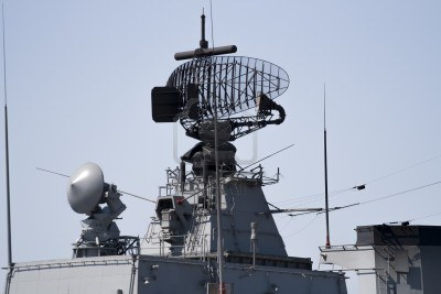 Immagine Allegata: 17855260-radar-of-modern-military-ship.jpg