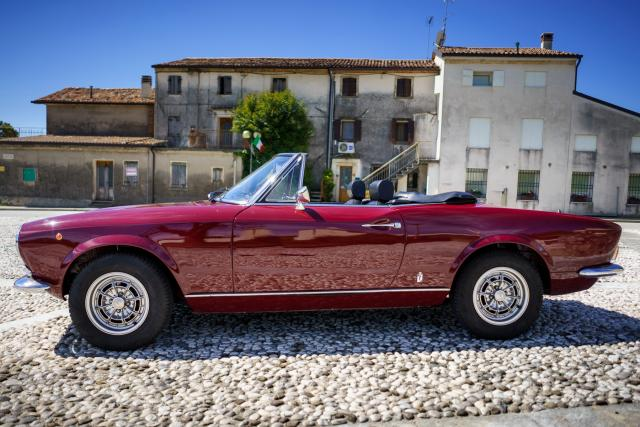 Immagine Allegata: Fiat 124 Spider for NL-9.jpg