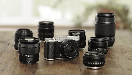 Immagine Allegata: Fujifilm-X-M1-camera-lenses.jpg