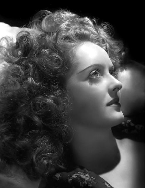Immagine Allegata: bette-hurrell-1939.jpg