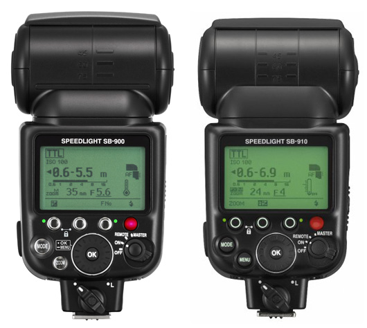 Immagine Allegata: Nikon-SB-900-vs-SB-910-comparison-back.jpg