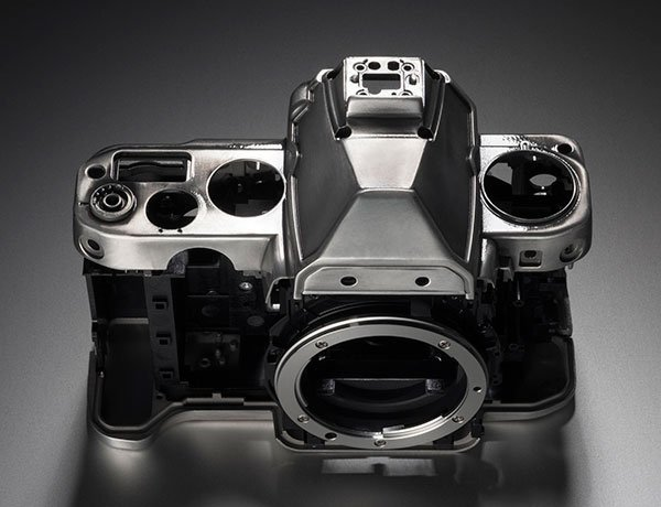 Immagine Allegata: Nikon-Df-camera-body.jpg