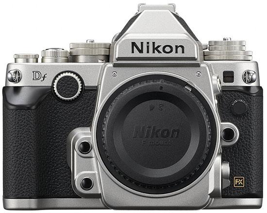 Immagine Allegata: Nikon-Df-kit-silver-2.jpg