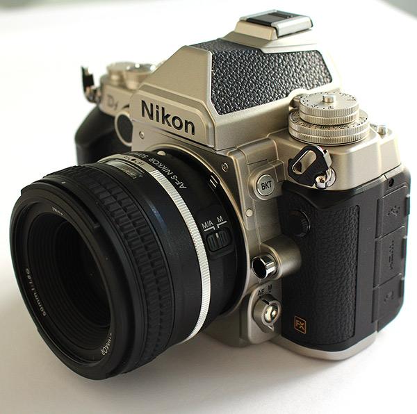 Immagine Allegata: nikon-df-34-dx.jpg