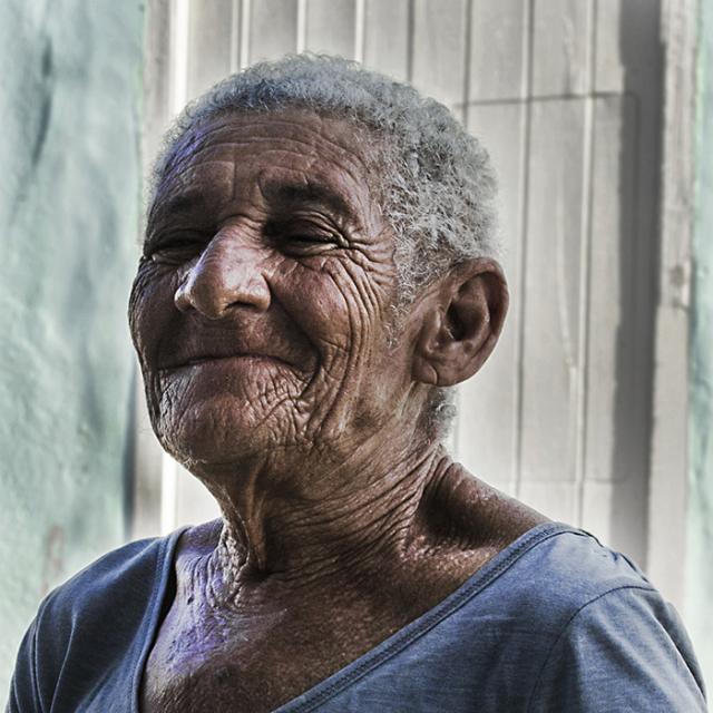 Immagine Allegata: DSC_0603vecchia che sorride.20ESIMA.RID.jpg