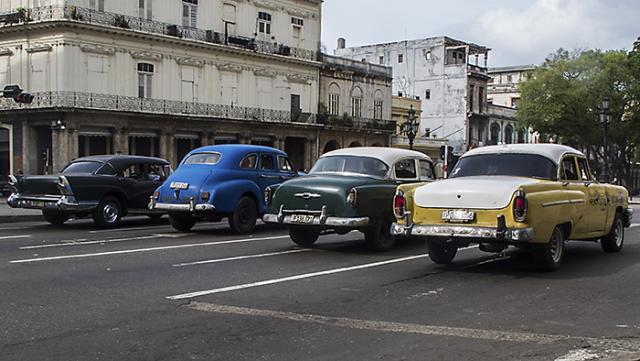 Immagine Allegata: IMG_4043L'Habana.quattro auto.ULTIMA.RID.jpg