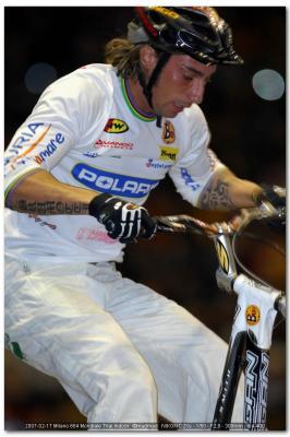 Immagine Allegata: 2007_02_17_Milano_664_Mondiale_Trial_Indoor.jpg