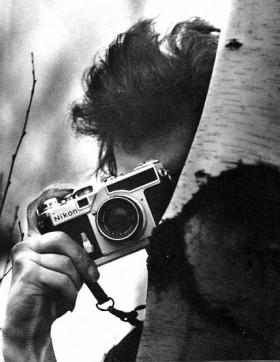 Bob-Dylan-with-a-Nikon-SP-Rangefinder-280x362.jpg