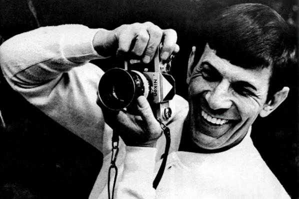 Leonard-Nimoy-and-a-Nikon-F-598x398.jpg